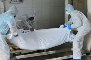 Con số đáng sợ về Covid-19: Cứ 15 giây lại có một người chết, thế giới mất 700.000 người vì đại dịch