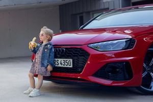 Vừa đăng ảnh quảng cáo mới, hãng ô tô Audi đã bị chê trách đến mức phải xin lỗi