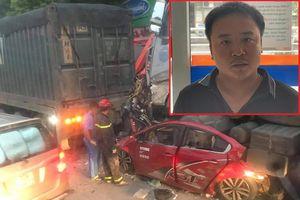 Tài xế đầu kéo ngủ gật, cán nát ô tô con khiến 3 người chết
