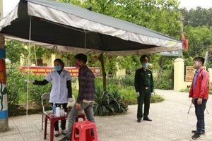 Quảng Ninh lập chốt kiểm soát trên quốc lộ 4B