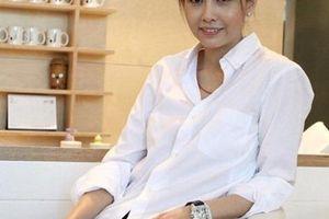 Bí quyết trẻ trung như thiếu nữ của 'tượng đài nhan sắc' Hồng Kông 52 tuổi