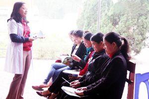 Tăng cường bảo vệ quyền và sức khỏe của phụ nữ và trẻ em gái