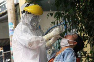Hai bệnh nhân Quảng Nam vừa công bố mắc COVID-19 di chuyển liên tục, tiếp xúc nhiều người