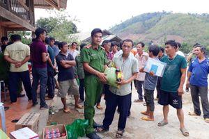 Lâm Đồng: Đổi gạo lấy vũ khí