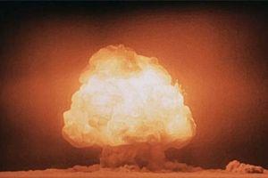 Từ Manhattan đến Hiroshima - cuộc đua bom nguyên tử chấn động