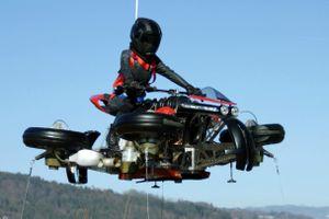 Môtô bay Lazareth LMV 496 công suất 1.300 mã lực, giá 550.000 USD