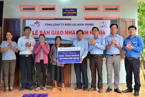 PC Quảng Ngãi: Hoàn thành việc bàn giao nhà tình nghĩa cho hộ nghèo