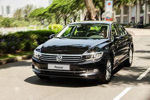 Volkswagen Passat bất ngờ giảm tới 177 triệu tại Việt Nam