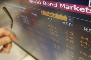 Trái phiếu doanh nghiệp: Trông người, ngẫm ta…