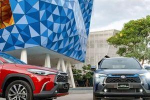 Ô tô 7 chỗ gầm cao mới của Toyota giá hơn 700 triệu vừa ra mắt Việt Nam có gì hấp dẫn?
