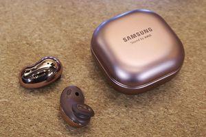 Tai nghe Galaxy Buds Live ra mắt: hạt đậu dễ thương, chống ồn chủ động, giá 169 USD