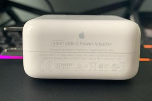 Apple tung bộ sạc 30W USB-C mới nhưng chưa rõ thay đổi