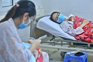 Thêm 3 bệnh viện được công nhận thực hành nuôi con bằng sữa mẹ