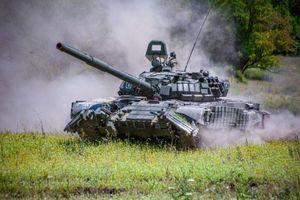 Xe tăng Nga áp sát Belarus khi căng thẳng gia tăng