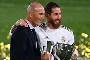 Zidane nhận danh hiệu là HLV xuất sắc nhất thế giới