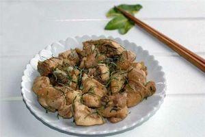Cách làm món thịt gà rang lá chanh thơm ngon trọn vị, ai ăn cũng mê mẩn