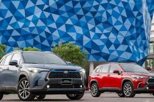 Lăn bánh Toyota Corolla Cross vừa ra mắt tốn bao nhiêu?