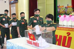 Thiếu tướng Trương Ngọc Hợi tái đắc cử Bí thư Đảng ủy Quân đoàn 4, khóa X