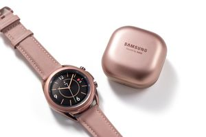 Galaxy Watch3 và tai nghe không dây 'hạt đậu' Galaxy Buds Live sẽ bắt đầu được tung ra thị trường từ ngày 6/8