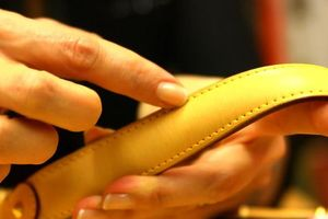 Bí ẩn phân biệt túi xách Louis Vuitton chính hãng khác hàng giả