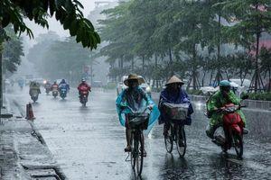Hà Nội có mưa dông, Biển Đông lại xuất hiện áp thấp