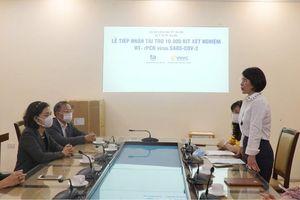 Hà Nội được tặng 10 nghìn bộ xét nghiệm SARS-CoV2