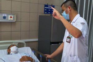 Người đàn ông Hà Nội tử vong vì uống phải rượu giả