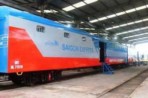 Xe lửa Dĩ An bàn giao 5 toa xe hành lý chất lượng cao