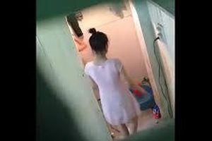Bắt giữ đối tượng quay lén nữ giáo viên đang tắm rồi tống tiền