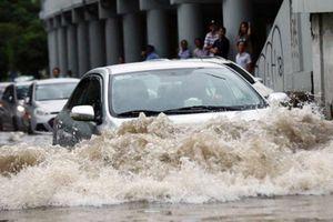 Kinh nghiệm xử lý khi ô tô ngập nước