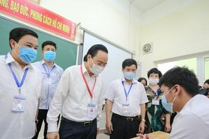 Bộ trưởng Phùng Xuân Nhạ: Tiếp tục rà soát thí sinh diện F1, F2, đến ngày thi nếu phát hiện sẽ để các em thi đợt 2