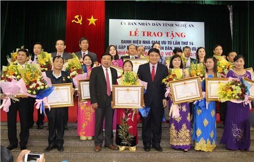 Thành lập Hội đồng xét tặng danh hiệu 'Nhà giáo Nhân dân', 'Nhà giáo Ưu tú'