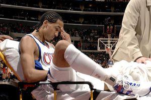 VĐV bóng rổ 3 lần vô địch NBA từng suýt bị cưa chân