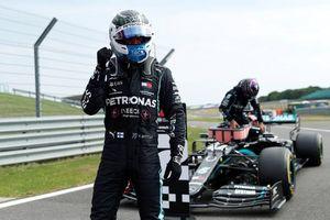 Bottas có pha nước rút ngoạn mục, giành pole tại Silverstone
