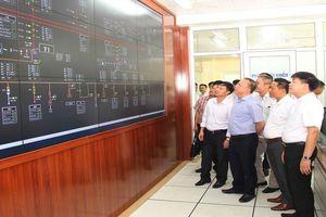 Điện lực Lai Châu tổ chức gắn biển công trình cho Trung tâm điều khiển xa