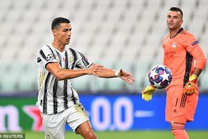 Ronaldo phá kỷ lục tồn tại 86 năm trong ngày buồn của Juventus