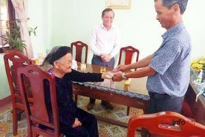 Cảm động Mẹ VNAH 94 tuổi 2 lần góp tiền tiết kiệm ủng hộ phòng, chống dịch