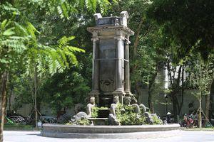 Báo động sự xuống cấp của hệ thống tượng đài Hà Nội