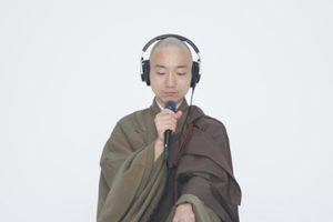 Clip: Độc đáo nhà sư Nhật Bản kết hợp beatbox với kinh phật