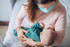 Hướng dẫn nuôi con bằng sữa mẹ trong mùa dịch Covid-19