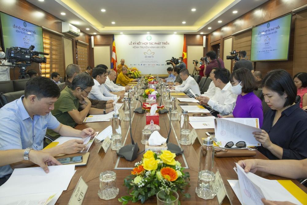 Giáo hội Phật giáo Việt Nam và VTVcab hợp tác phát triển kênh Truyền hình An Viên