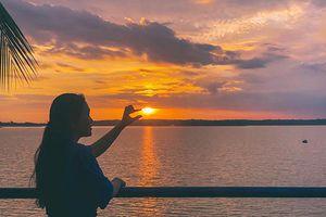 Ngắm cảnh đẹp trên hồ ở Đồng Nai