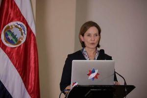Bộ trưởng Ngoại thương Costa Rica từ chức