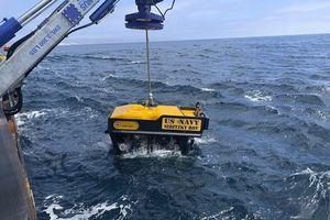 8 binh sĩ Mỹ mất mạng trong xe thiết giáp lội nước chìm dưới đáy biển