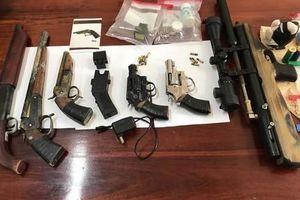 Vụ bắn chết người trên QL1: Bắt giữ 5 đối tượng, thu nhiều súng đạn