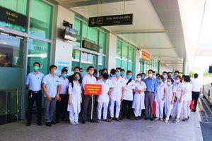 Quảng Nam đón đoàn y, bác sĩ Phú Thọ vào 'chia lửa' chống dịch COVID-19