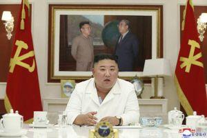 Triều Tiên chuyển hàng cứu trợ đến thành phố bị phong tỏa bởi dịch Covid-19