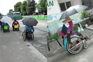 5 người ngồi xe lăn phải đi hơn 160 km để về nhà ở Philippines