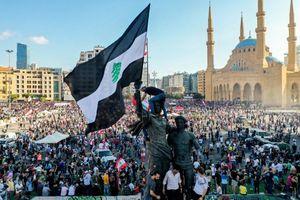 Người biểu tình Lebanon chiếm tòa nhà các bộ, tuyên bố mở 'bộ chỉ huy'
