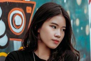Cô gái 17 tuổi gây ấn tượng ở cuộc thi rap